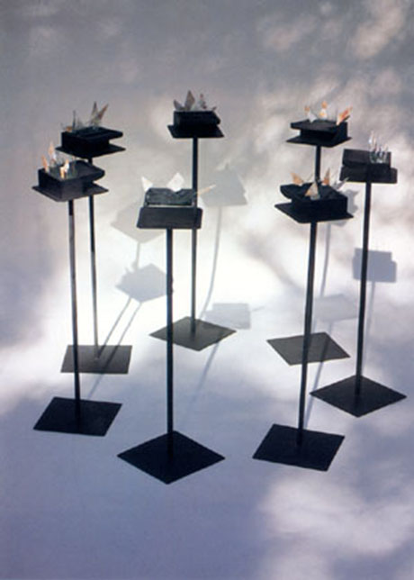 Instalación poética El filo de la mirada de Bartolomé Ferrando, 1996