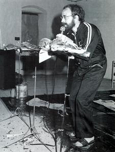 Performance en la galería Labiry en Lublin Polonia - Bartolomé Ferrando 1990
